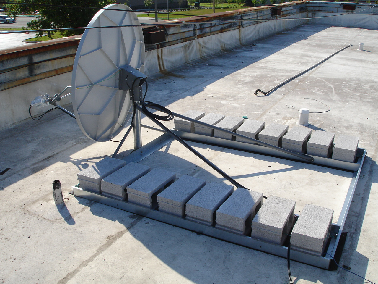 Non Penetrating Roof Mount